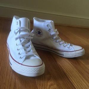 NEW Converse high tops